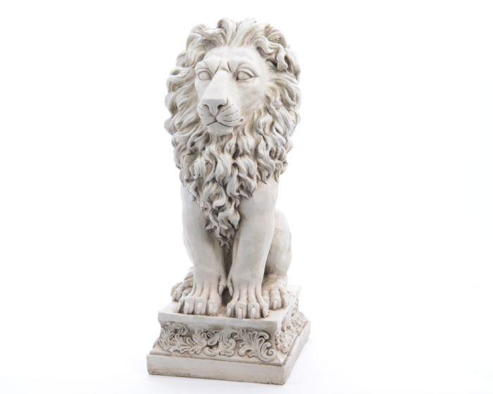 Kaemingk Magn Lion Statue On Base 38 X 33.5 X 80.5Cm