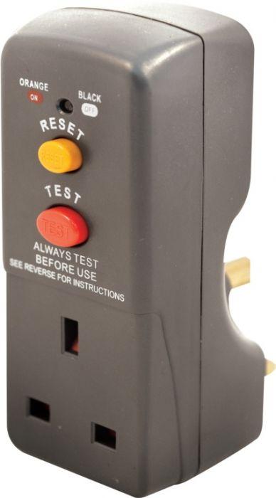 Masterplug Rcd Safety Adaptor