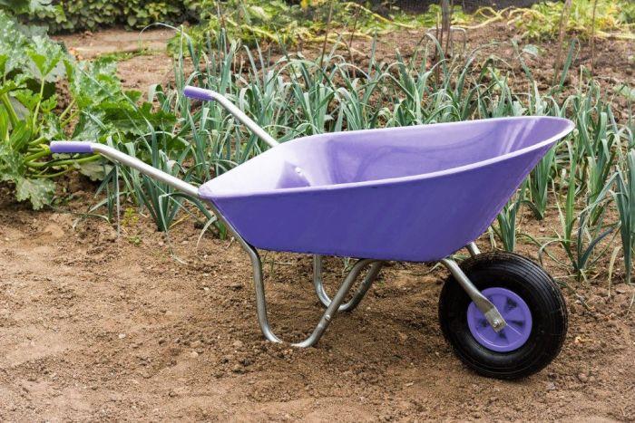 Ambassador Boxed Wheelbarrow 85L Lilac
