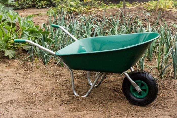 Ambassador Boxed Wheelbarrow 85L Green