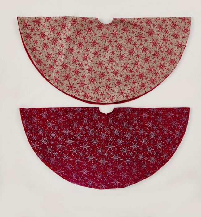 Tree Skirt Red Silver & Natural