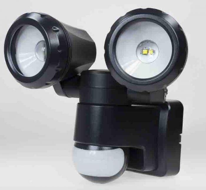 Powermaster Led Pir Twin Spotlight 2X5w Ip44 Black