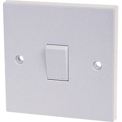 Dencon 10A 1 Gang 1 Way Switch For Bs3676