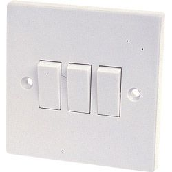 Dencon 10A 3 Gang 2 Way Switch To Bs3676 Skin Packed