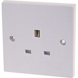 Dencon 13A Single Socket Outlet To Bs1363 Pre-Packed