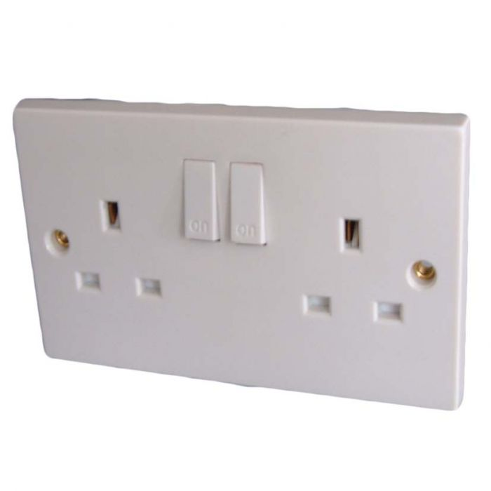 Dencon 13A Twin Switched Socket Outlet To Bs1363 Pre-Packed