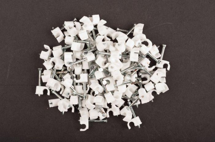 Dencon 4Mm White Round Cable Clips Box 100 Box 100