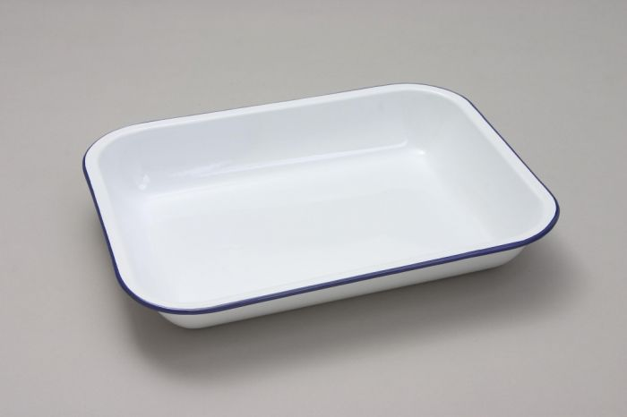 Nimbus White Bake Pan 31Cm