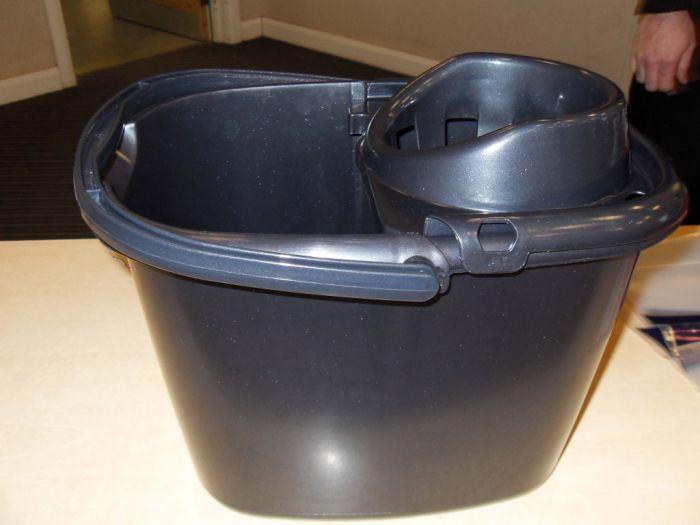 Tml Mop Bucket 15L Graphite