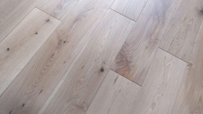 Y.T.D Limited Solid Oak Brushed UV Oiled Flooring 18 x 150mm x Random Length 1.08m2