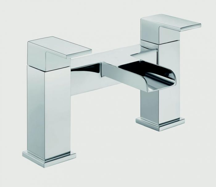 SP Cascade Bath Filler Tap H: 146mm D: 180mm