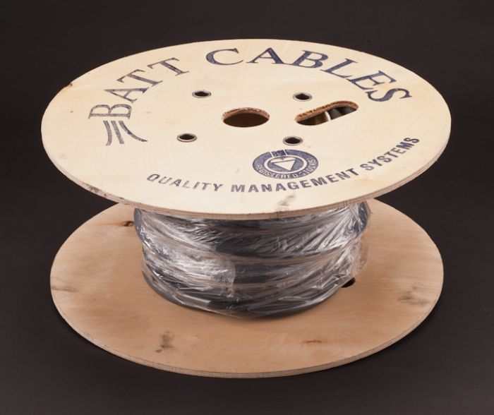 Dencon Armoured Cable & Metre Tails - 2.5Mm X 25M Drum