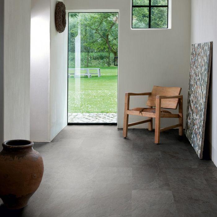 Quickstep Livyn Ambient Flooring 2.08M2 Black Slate Effect 1300Mm X 320Mm X 4.5Mm