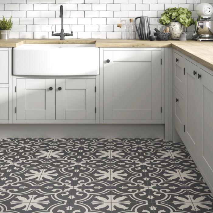Verona Picasso Ceramic Tile Matt 250 X 250Mm 1M2
