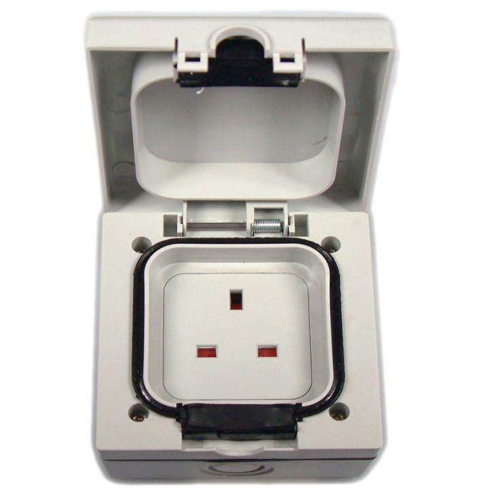 Dencon Outdoor Socket 13Amp 1 Socket