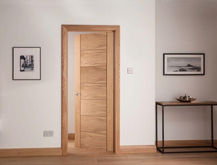 Cheshire Mouldings Cambridge 7 Panel Oak Door 1981 X 838Mm