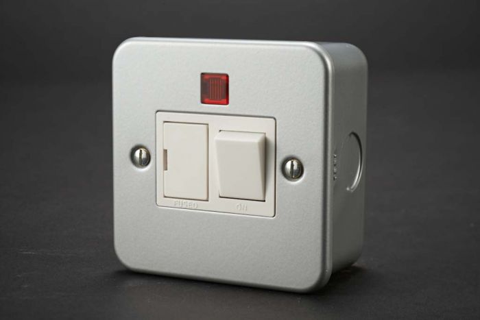 Dencon Fused Spur With Switch + Neon Metal Clad