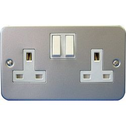 Dencon 13A 2 Gang Switch Socket Metal Clad Pre-Packed