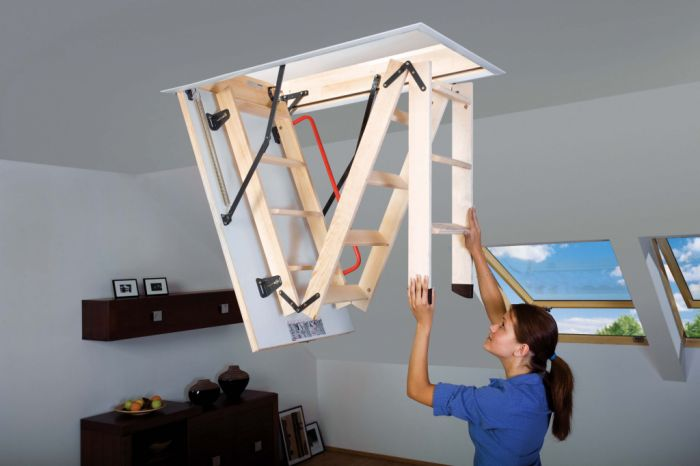 Fakro Wooden Folding Section Loft Ladder 55 X 111Cm