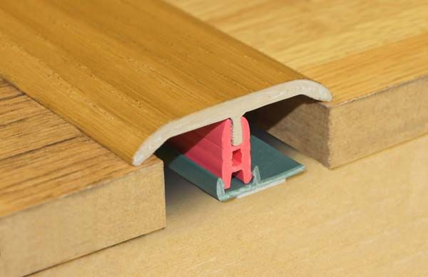 Stikatak Clip System Threshold 0.9M X 50Mm Walnut
