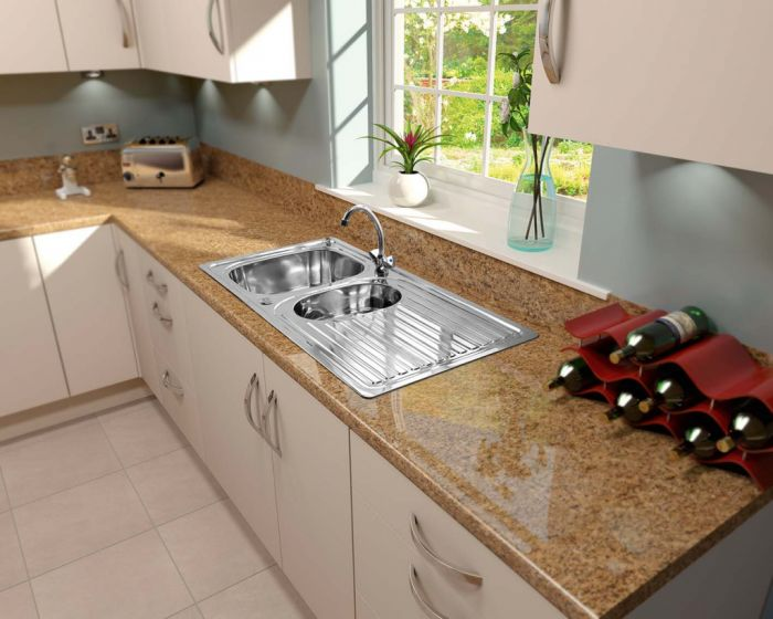 Supaplumb Reversible 1.5 Bowl Sink With Monoblock Tap
