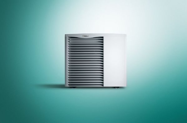 Vaillant aroTHERM 0020257347 air to water heat pump 8kW