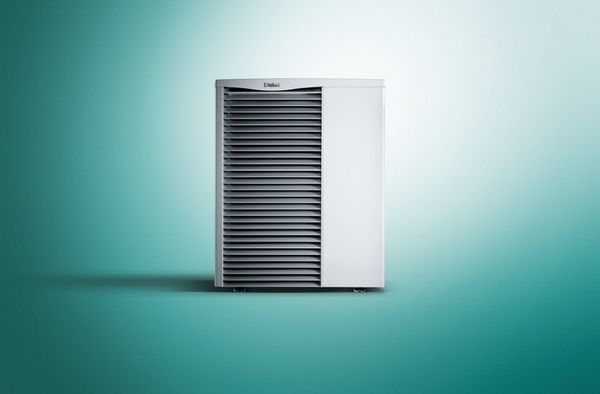 Vaillant aroTHERM 0020257349 air to water heat pump 15kW