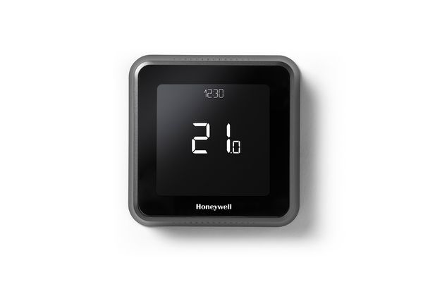Honeywell T6R 2 zone smart thermostat including DHW pack
