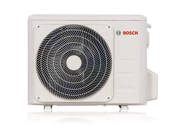 Bosch 5000 R32 wall mounted outdoor air conditioning unit 3.5KW