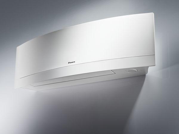 Daikin Emura wall mounted split unit (R32) 2.5kw White