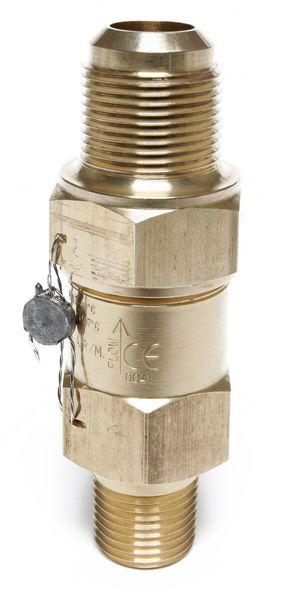 Henry Technologies 5231AS straight through pressure relief valve 16.2bar 3/8x1/2