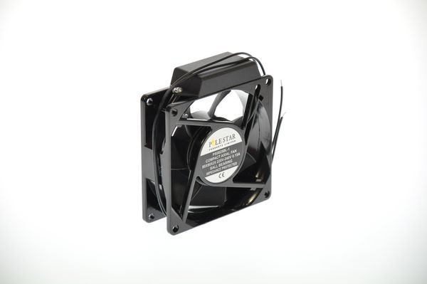 Pole Star compact axial fan leads 80 x 80 x 25mm 230v