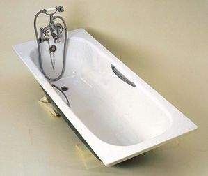 Twyford Neptune 2 tap hole anti-slip bath including twin grips 1700 x 700mm White